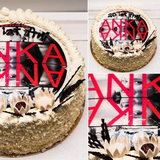Tort znadrukowanym opłatkiem